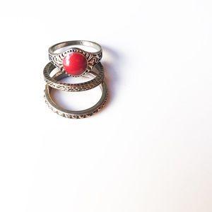 Jewelry - 3 RING SET